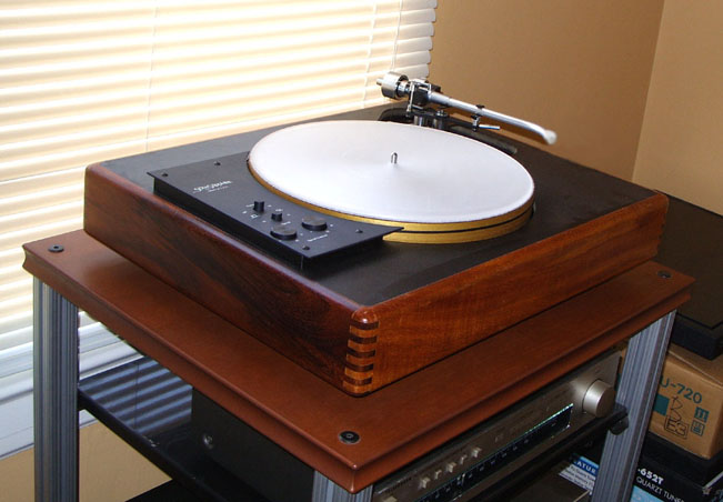 Uptown Audio hi-fi stereo demo and preowned gear sale